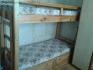 продавам двуетажно легло от масивно дърво